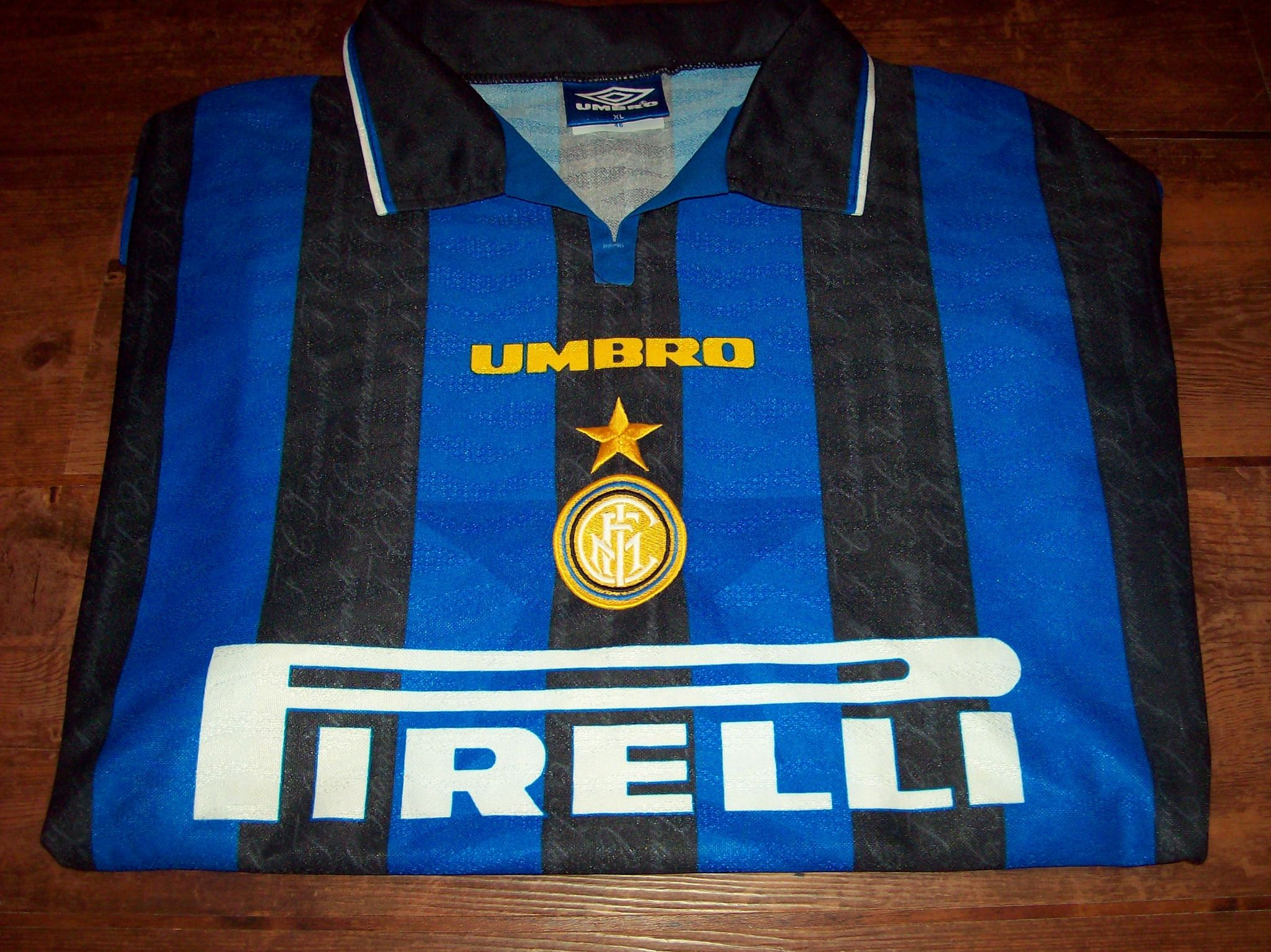 best service 7dfbf a2725 Global Classic Football Shirts   1996 1997 Inter Milan Old ...